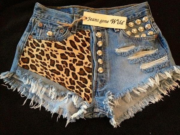 Wild Shorts Idea. Decorate your old shorts with colored ropes, wire, buttons or zippers, denim, sequins, silk and lace and what ever you like. It is fun and inspiring to make some creative shorts for yourself.