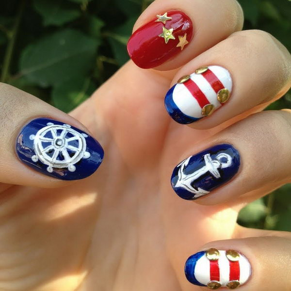 4th of July Nautical Nails with Gold Accents: This nautical theme inspired red, white, gold and blue nail art is very easy to recreate. And it speaks perfectly to the upcoming particular American holiday of ours.