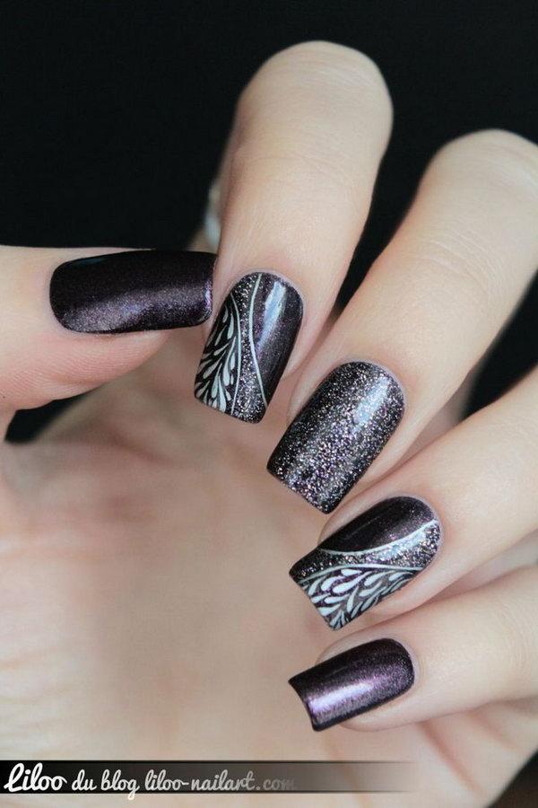 Purple and White Glitter Nail Art.