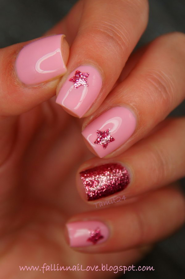 Twinkle Red and Pink Nail with Stars. This is all sorts of perfect! I love it, so clever! :)