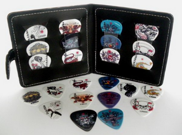 Guitar Pick Wallet. It's a great gift for guitarists who are always losing plectrums!