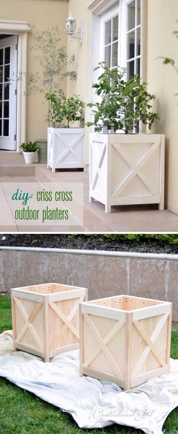 DIY Criss Cross Planter Boxes.